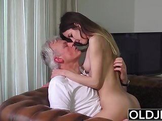 Elderly and Youthfull Porn - Nanny pussy banged by elderly man